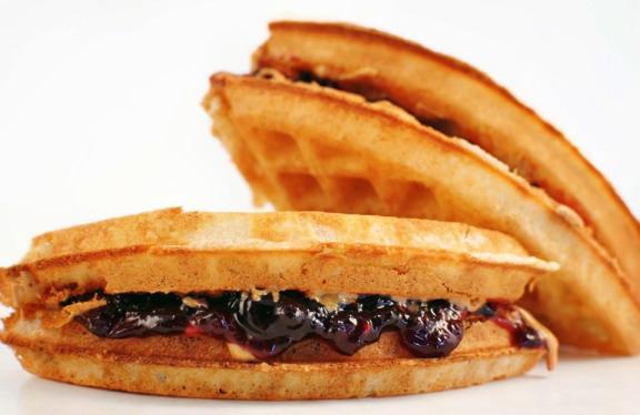 Bruxie Waffle Sandwich