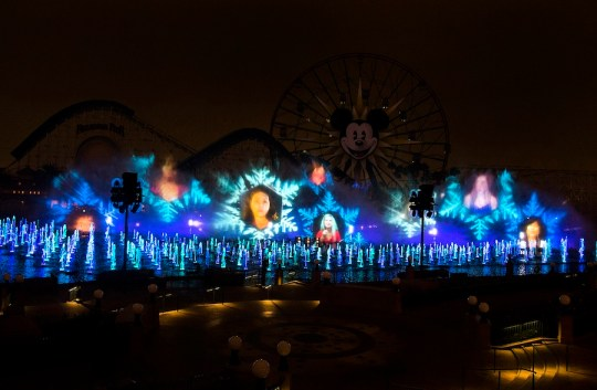 HONOR CHOIR WORLD OF COLOR WINTER DREAMS