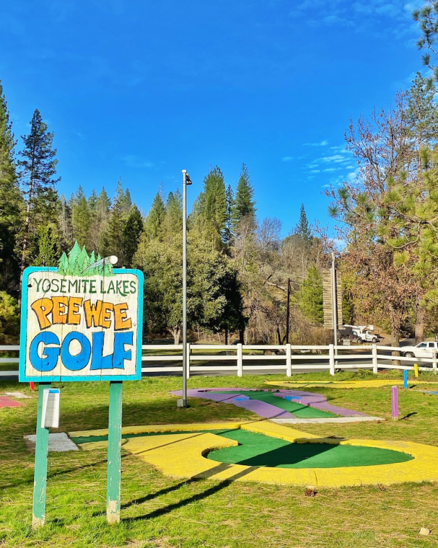 Miniature Golf Yosemite Lakes RV Resort