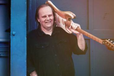 <h1>Walter Trout</h1>