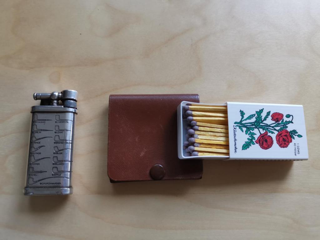 Corona Old boy Pfeifenfeuerzeug und Streichhölzer