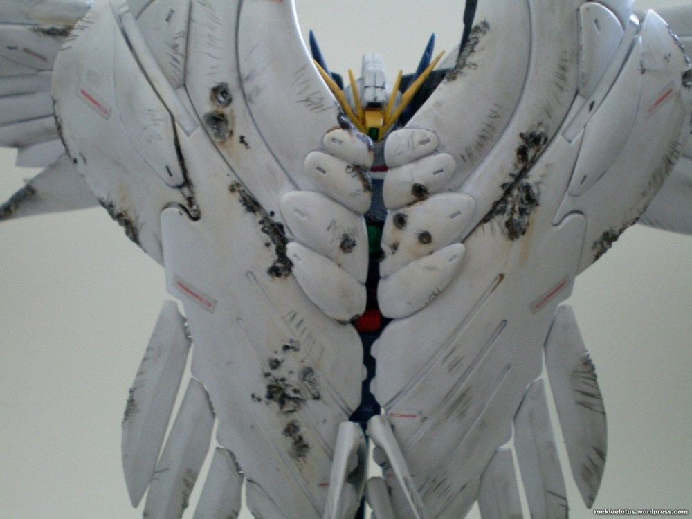 MG Wing Zero Custom WIP 06 -Damaged Wings + Test Shoot- (2/6)