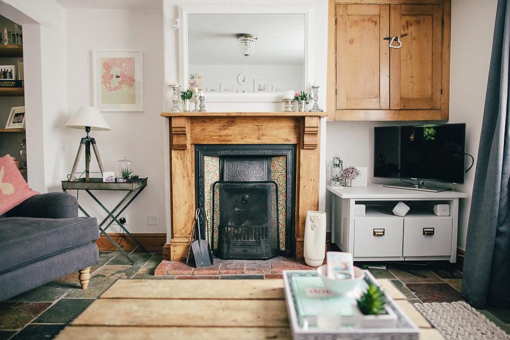 decluttering the living room