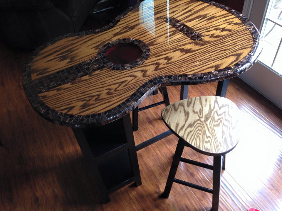 guitar shaped table w/guitar pick barstools