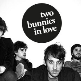 Two Bunnies In Love @ LaPlageGlazart