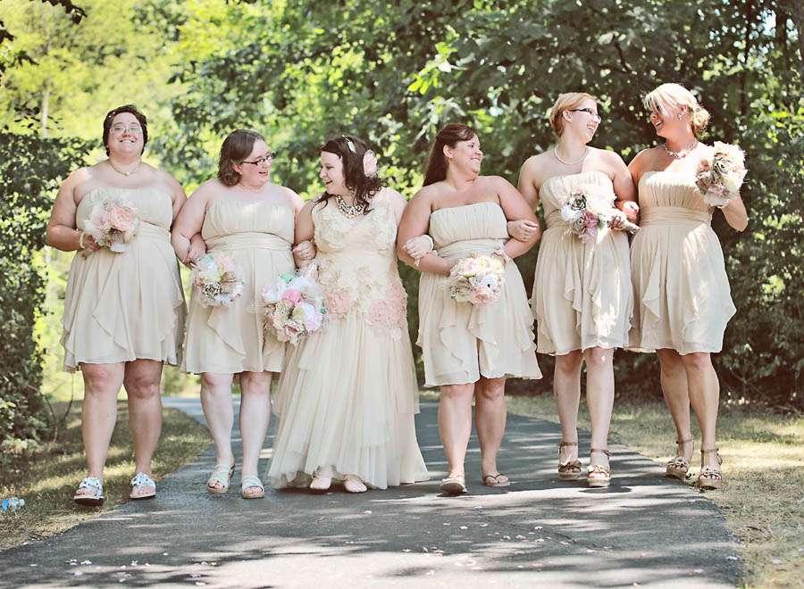 A DIY Lakeside Wedding: Michael & Sheena · Rock N Roll Bride