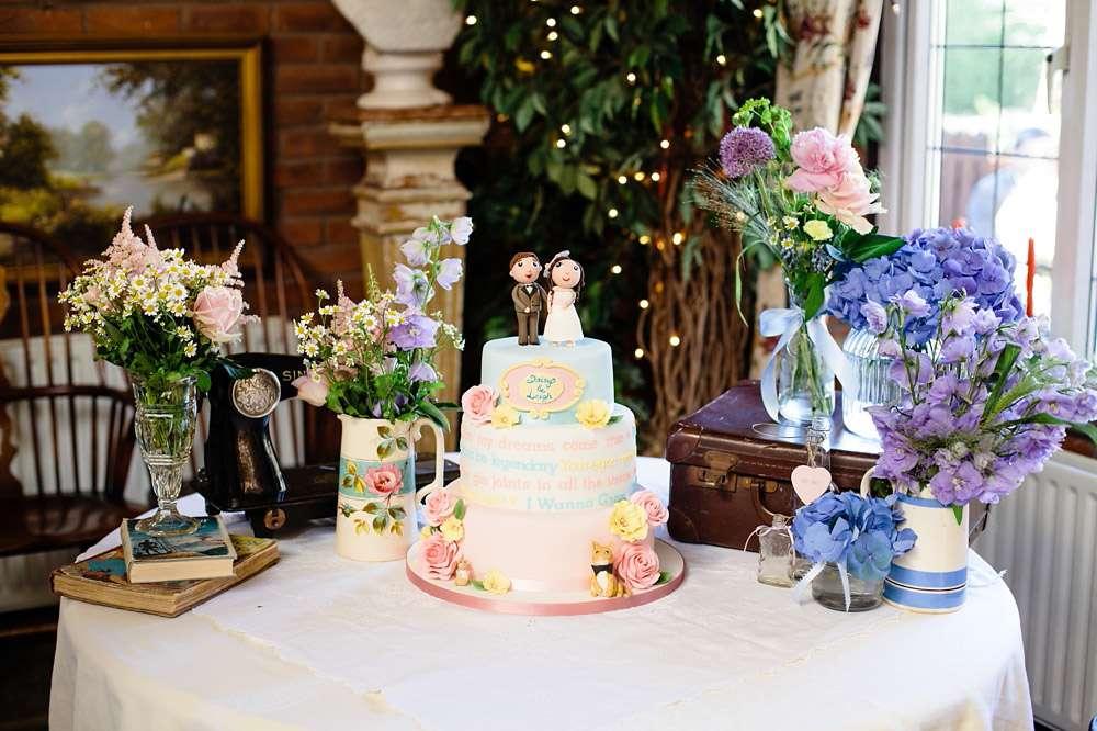 Retro Cartoon Wedding: Daisy & Leigh · Rock N Roll Bride