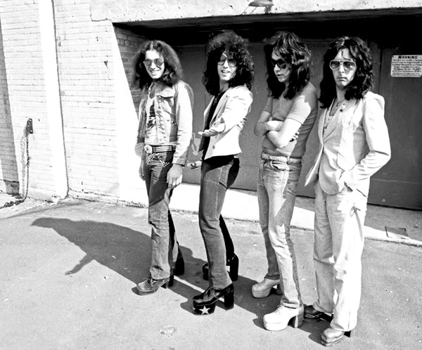 Gene Simmons, Paul Stanley, Peter Criss, Ace Frehley Without MakeUp