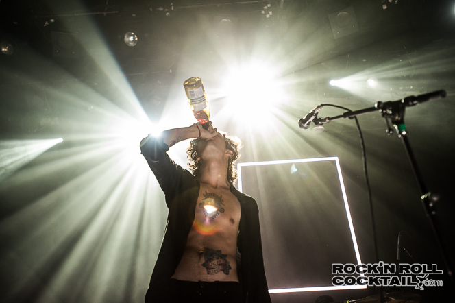 The 1975  Live (5 of 13)