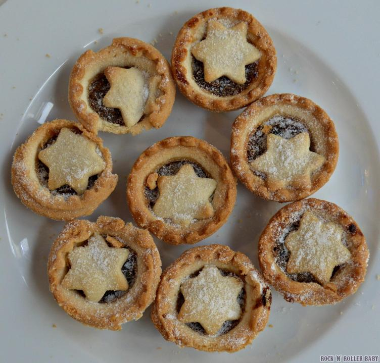 A crumbly mince pie!