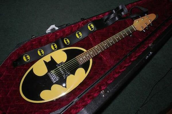 14 Guitarras Bacanas Personalizadas Com Temas Geeks E Da