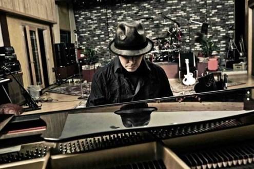 Queensrÿche en el estudio (2011) - Foto de Andy Batt