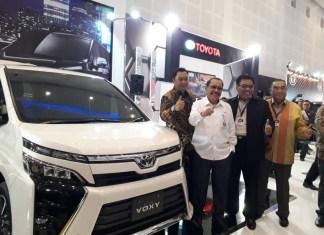 Toyota Voxy Hadir di GIIAS Surabaya