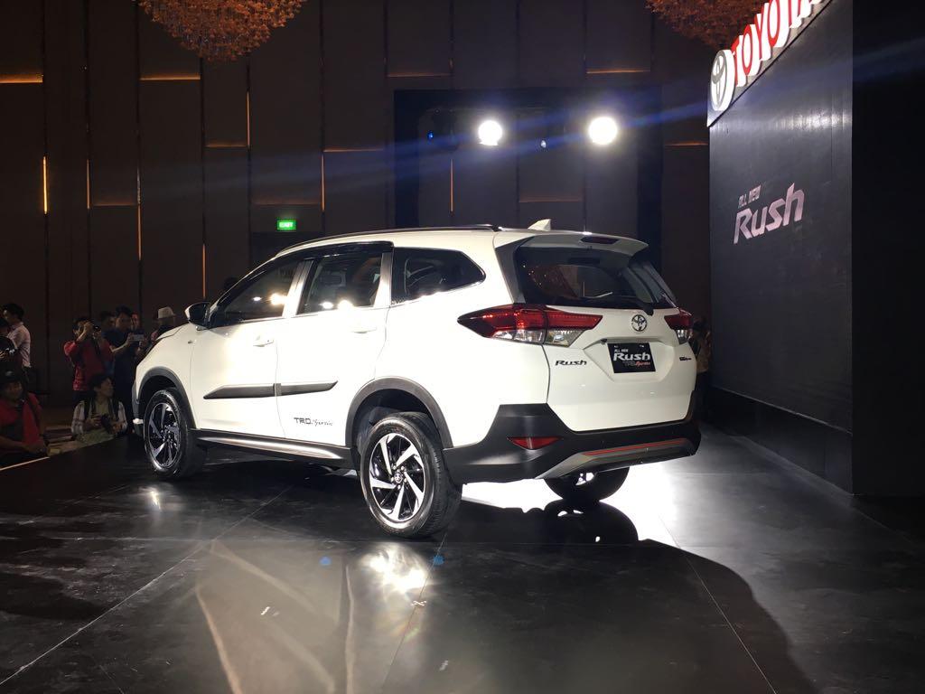 Harga Resmi Toyota All New Rush Jadi Kejutan Awal Tahun