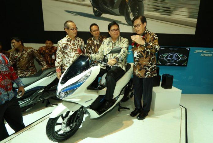 sepeda motor baru