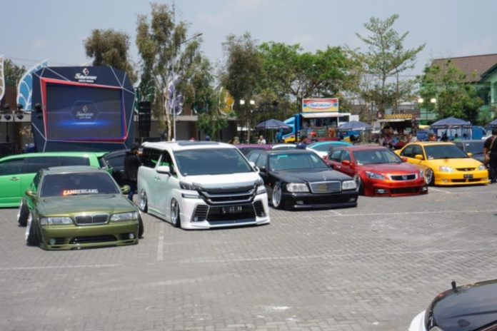 Intersport auto show yogya