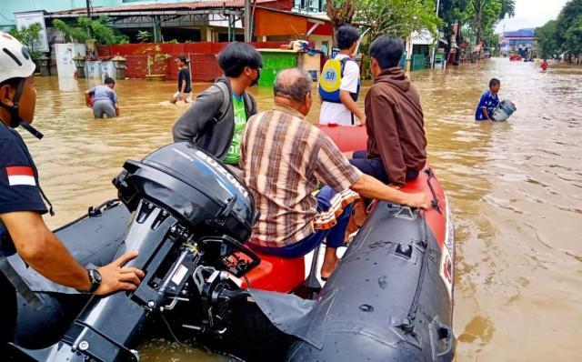 SCRC evakuasi korban banjir