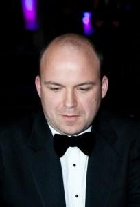 moartea sughită Rory Kinnear