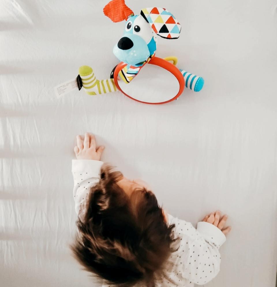 oglinda pentru bebelusi