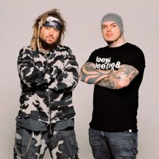 CAVALERA CONSPIRACY SIGN WITH NAPALM RECORDS!