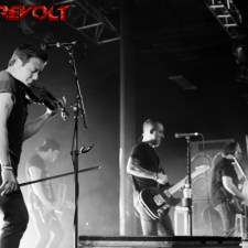 SHOW REVIEW AND PHOTOS:  YELLOWCARD