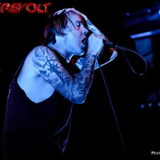 LIVE SHOW REVIEW & PHOTOS: FEAR FACTORY