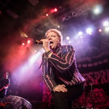 LIVE REVIEW, PHOTOS: The Offspring at The Fillmore Silver Spring