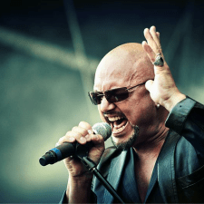 LIVE REVIEW AND PHOTOS:  GEOFF TATE