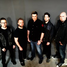 MUSIC NEWS: New Single from Breaking Benjamin This January!