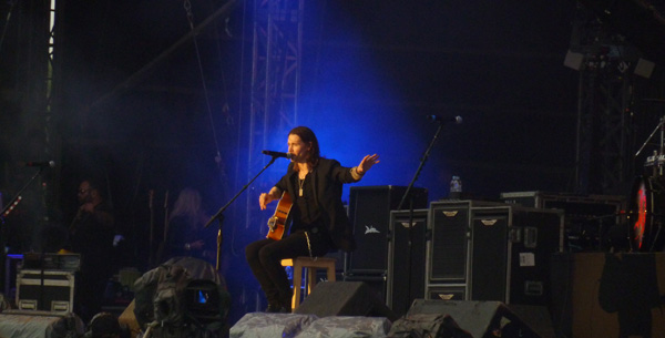 Alter Bridge's Myles Kennedy performing Watch Over You at Download Festival 2014