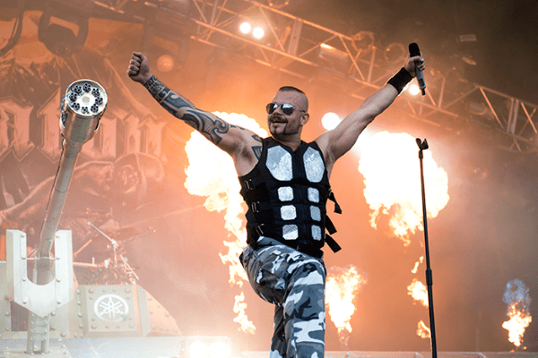 Sabaton Tank and Pyro Bloodstock 2015 600 x 400