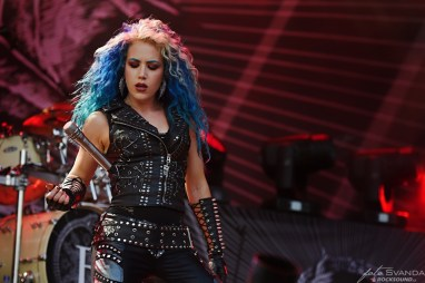 Alissa White-Gluz_Arch Enemy