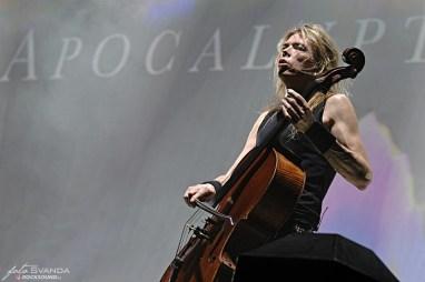 Apocalyptica, Eicca Toppinen, O2 arena, Praha
