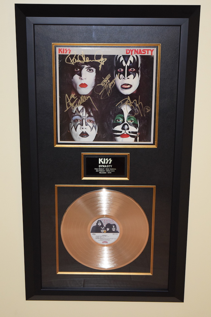 KISS Dynasty Paul Stanley Gene Simmons Ace Frehley Peter CrissROCK STAR gallery