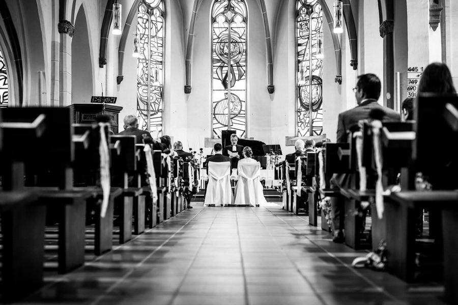 Hochzeit im Kloster KampLintfort  ROCKSTEIN fotografie
