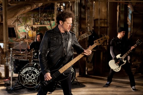 Newsted-band-play