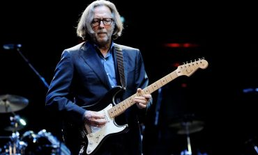 Eric Clapton: Live In San Diego With Special Guest JJ Cale излезе на DVD и Blu-Ray
