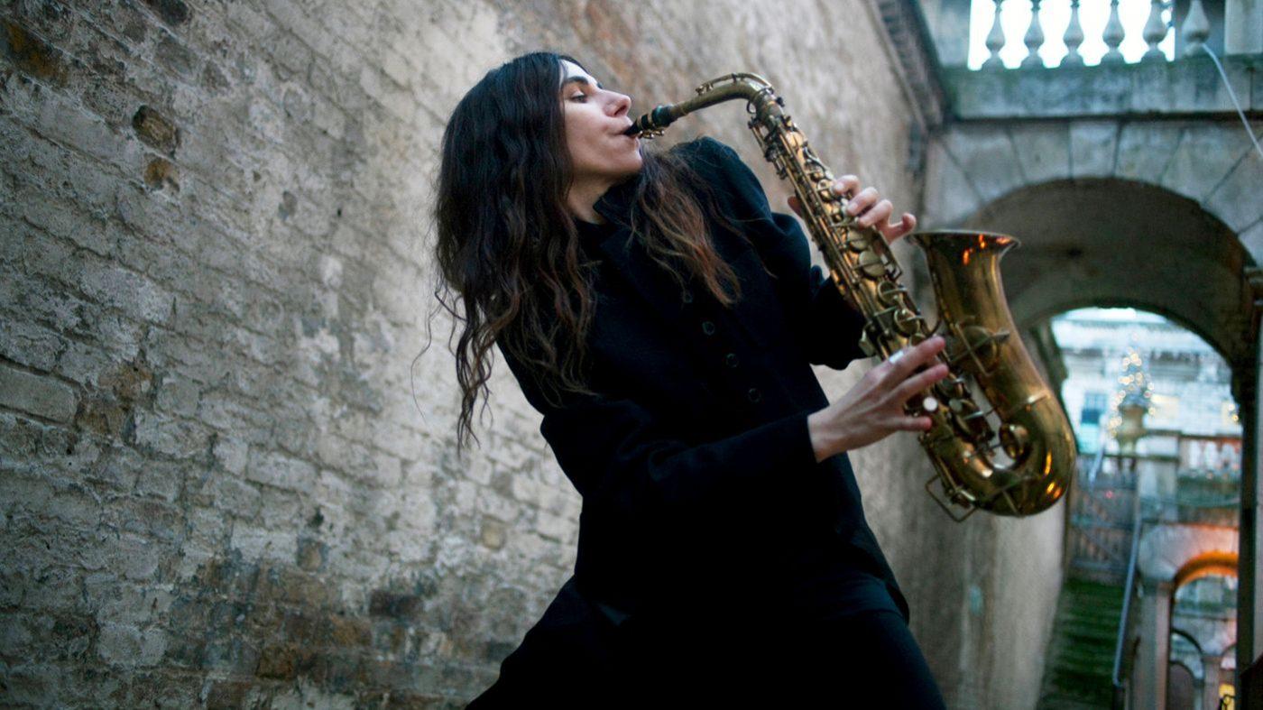 PJ Harvey – This Is Love