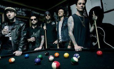 """Ново концертно видео от Avenged Sevenfold, гледайте акустичната версия на """"Roman Sky"""""""