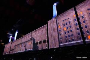 Roger Waters LIVE in Philadelphia - Photo by Tom Collins