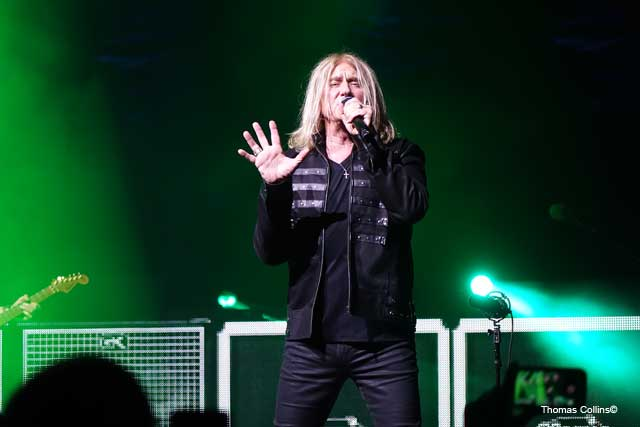 Joe Elliot - Photo by Tom Collins - Rock Titan TV