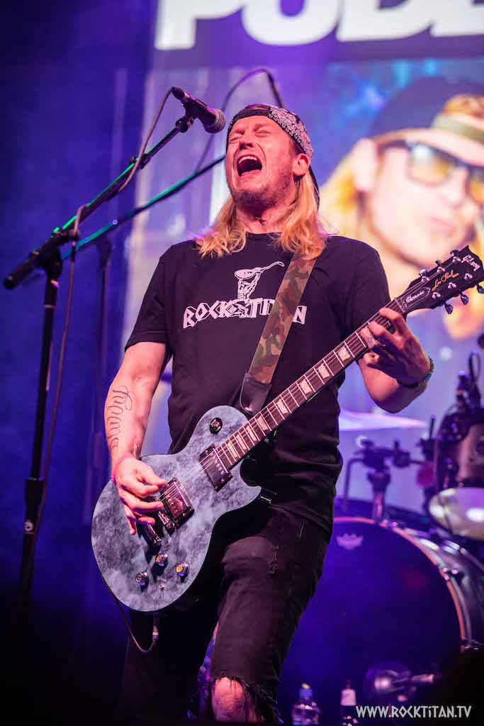 Wes Scantlin - Puddle of Mudd - Photo by Gretchen Johnson Rock Titan TV
