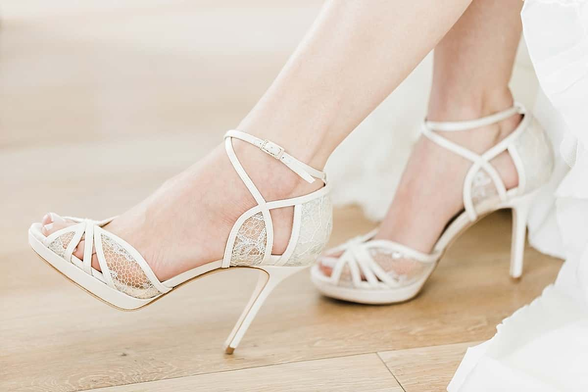 Shoes shoes shoes  Wo finde ich tolle Brautschuhe  rockwedding