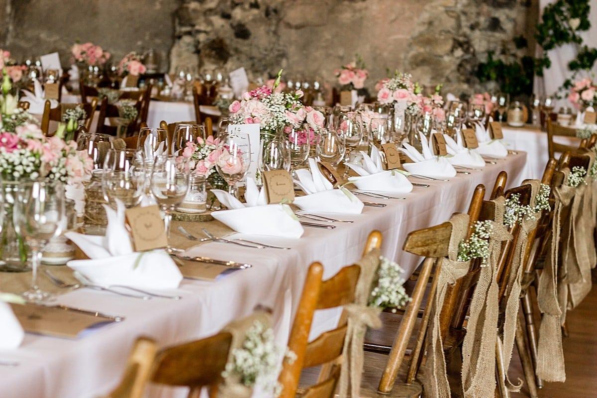 Eine Vintage Hochzeit auf dem Schloss Burkheim  rockwedding