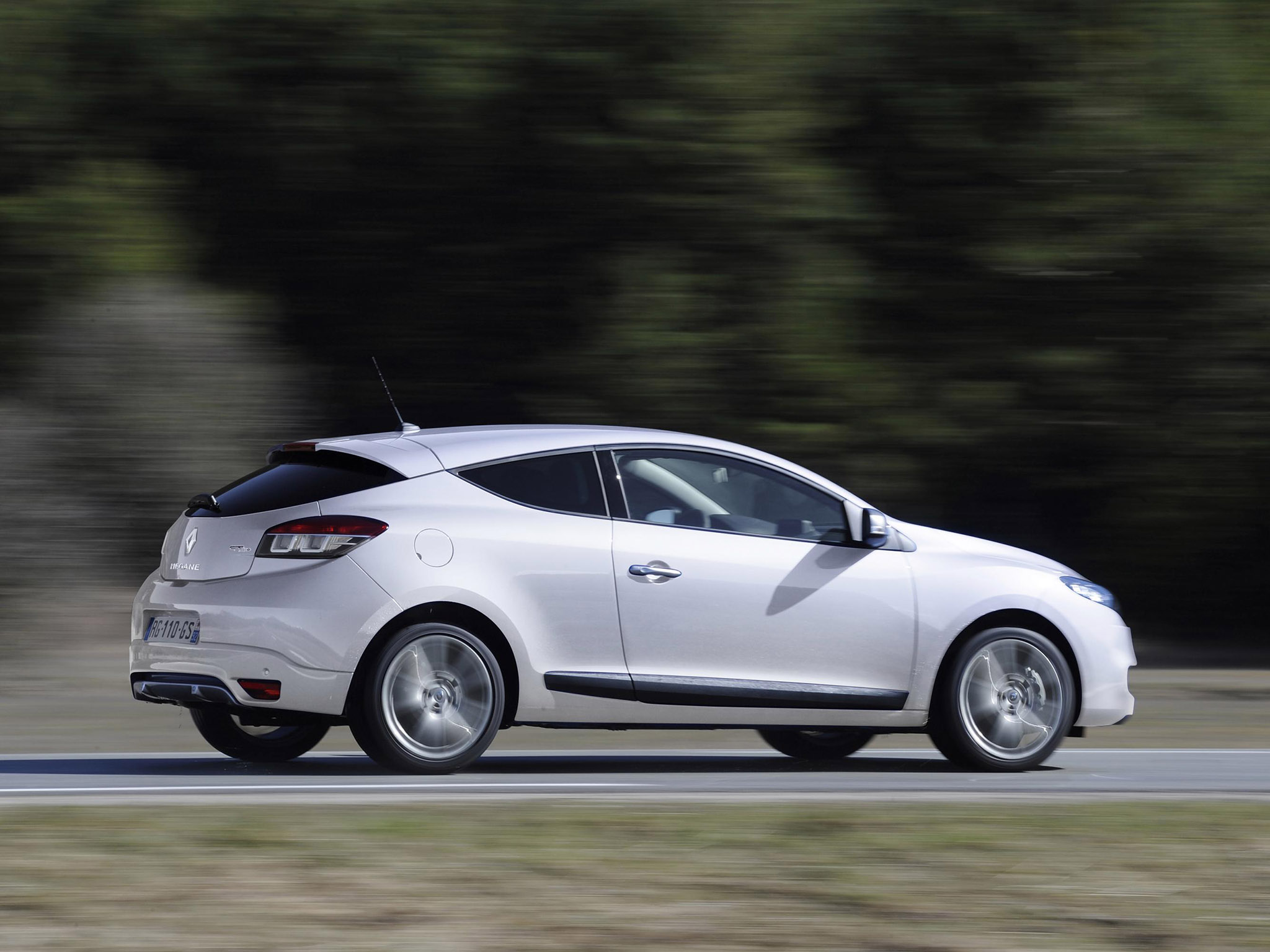 Le Meilleur 2010 Renault Megane Iii Coupe – Pictures Information And Ce Mois Ci