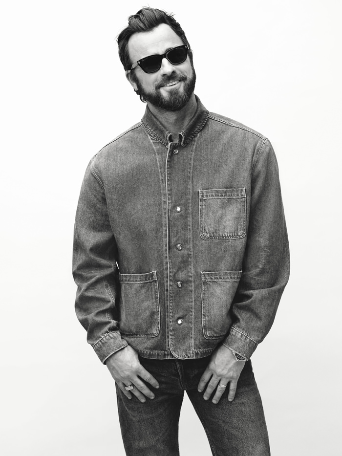 """Le Meilleur Justin Theroux For Mr Porter's """"The Journal"""" Style Guide Ce Mois Ci"""