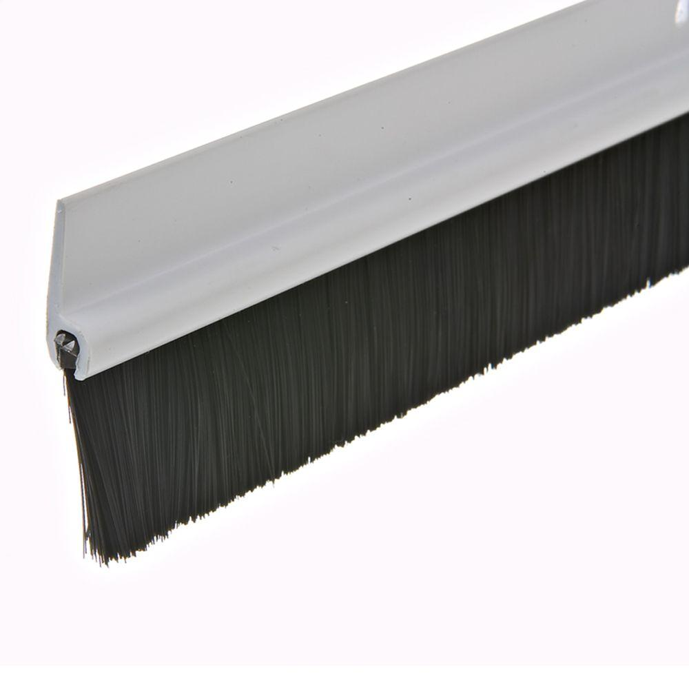 Le Meilleur Frost King E O 1 3 4 In X 36 In White Plastic And Brush Ce Mois Ci