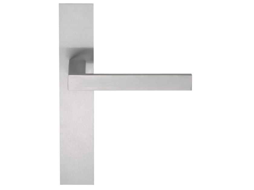 Le Meilleur Square Door Handle On Back Plate By Formani Holland B V Ce Mois Ci