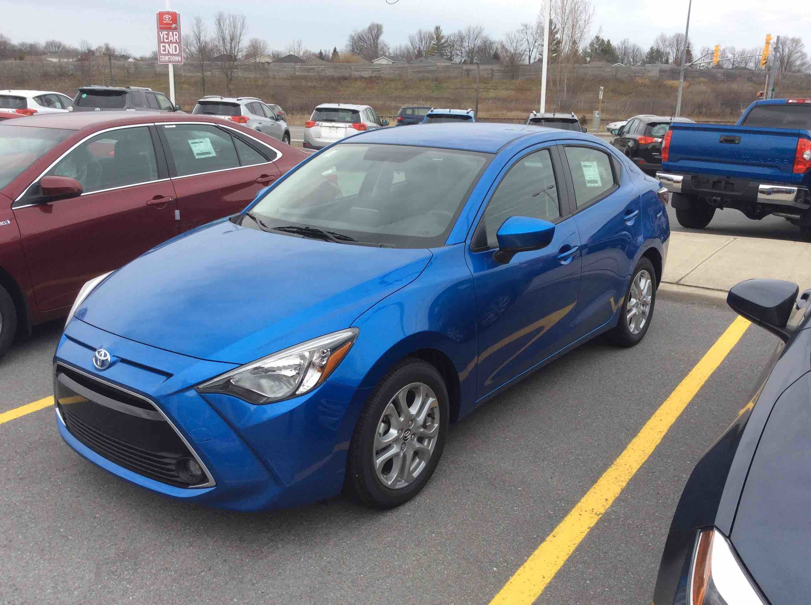 Le Meilleur New 2016 Toyota Yaris 4 Door Sedan Premium 6At For Sale In Ce Mois Ci