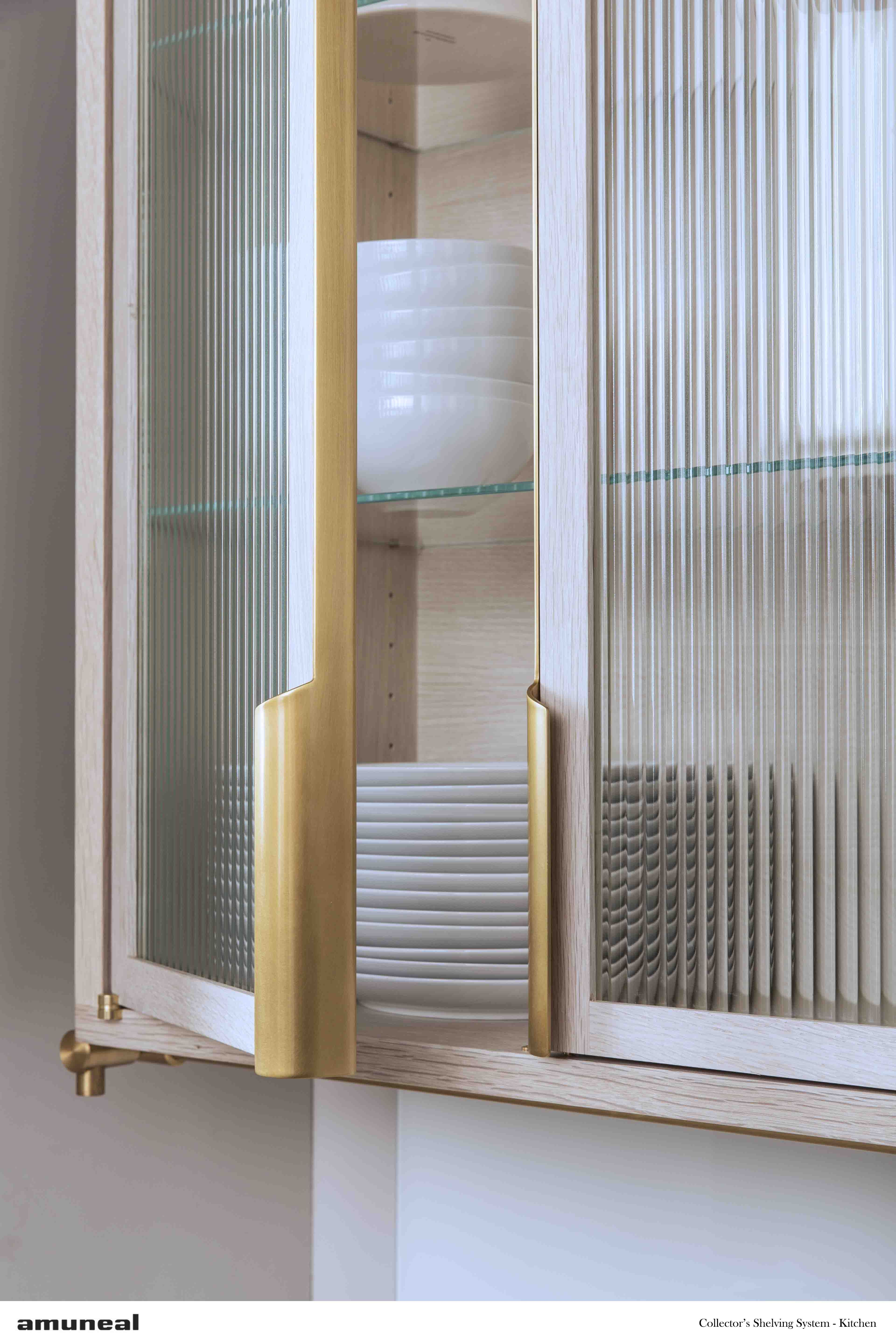Le Meilleur If You Are Thinking Of Glass Cabinet Doors But Don T Ce Mois Ci